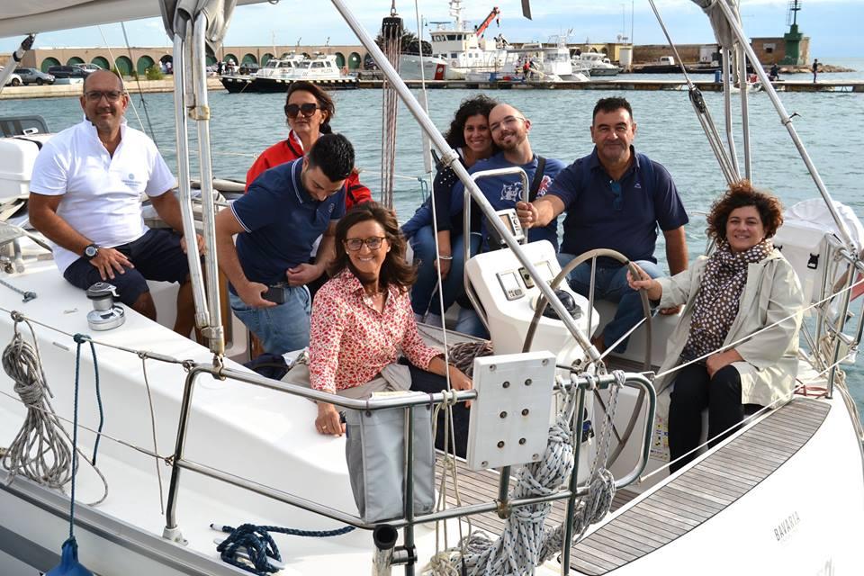 A gonfie vele su Taranto: oggi e domani la veleggiata!