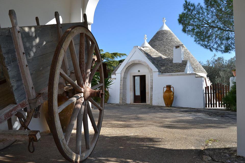Masseria Pilano: a Crispiano, l'antica dimora turistica a 5 Girasoli