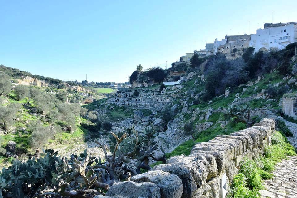 Tour nella civiltà rupestre di Ginosa