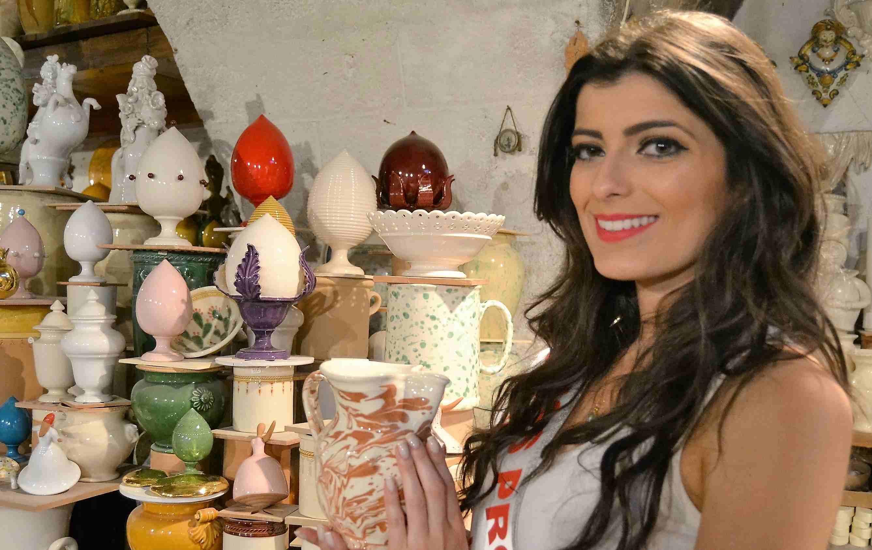 Donne e Ceramiche: Grottaglie baciata dalle bellezze di tutto il mondo