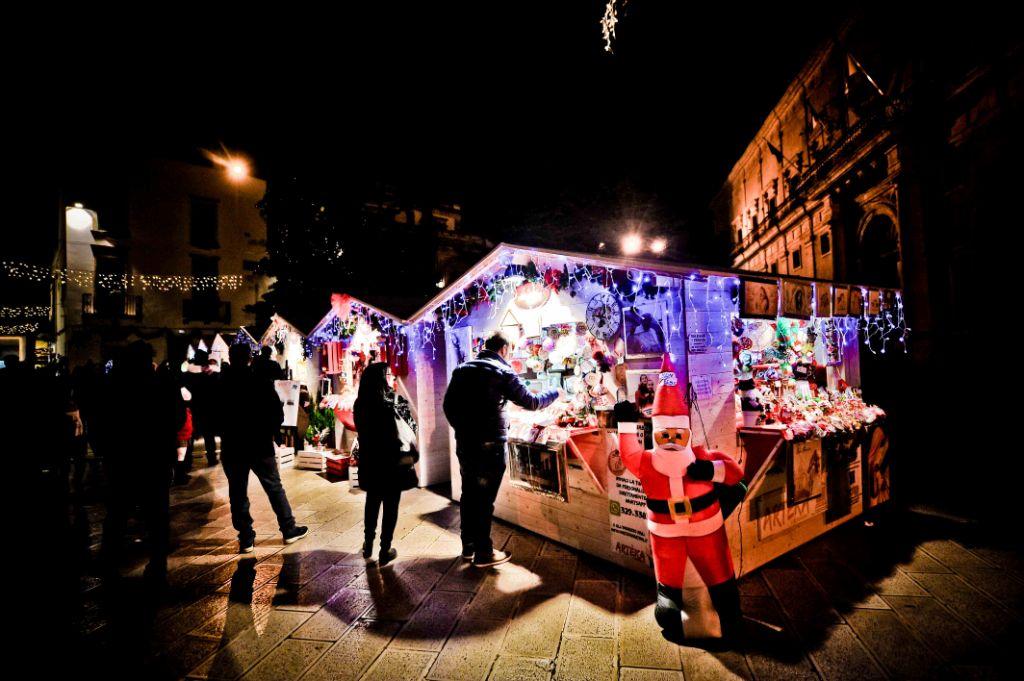 Paesaggio Di Babbo Natale.Il Villaggio Di Babbo Natale E A Martina Franca Per 31 Giorni Di Festa