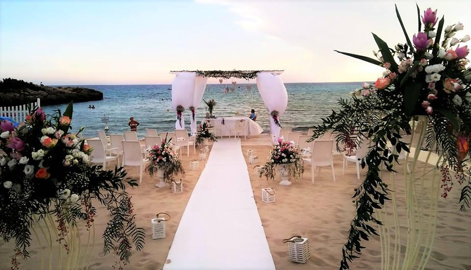 Matrimonio In Spiaggia Taranto : Matrimoni sul mare marina di pulsano tra le mete più ambite