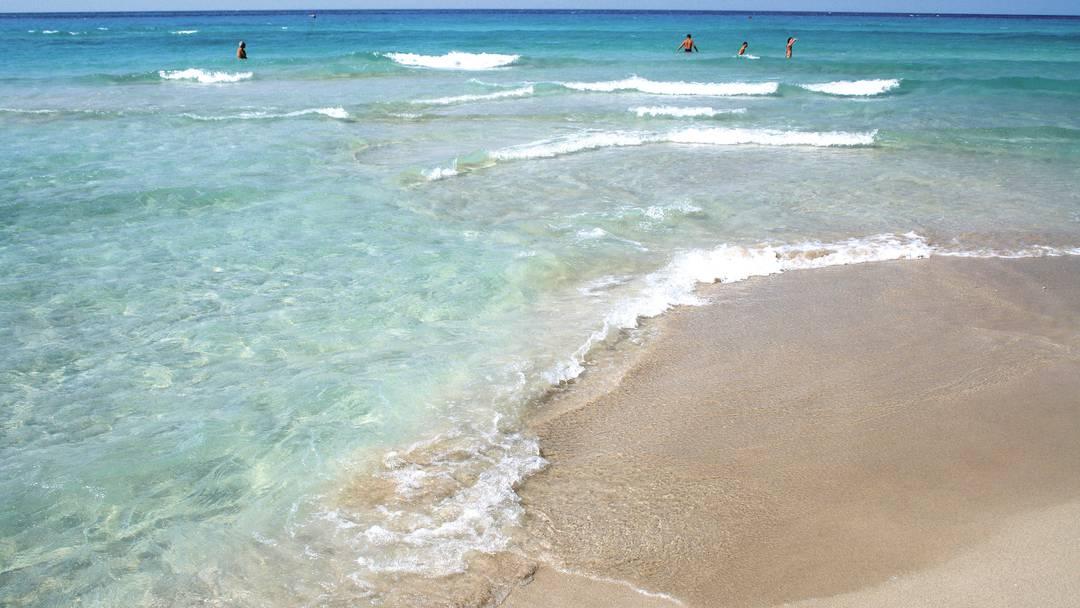 MSC Crociere riserva ai passeggeri una spiaggia della marina di Taranto