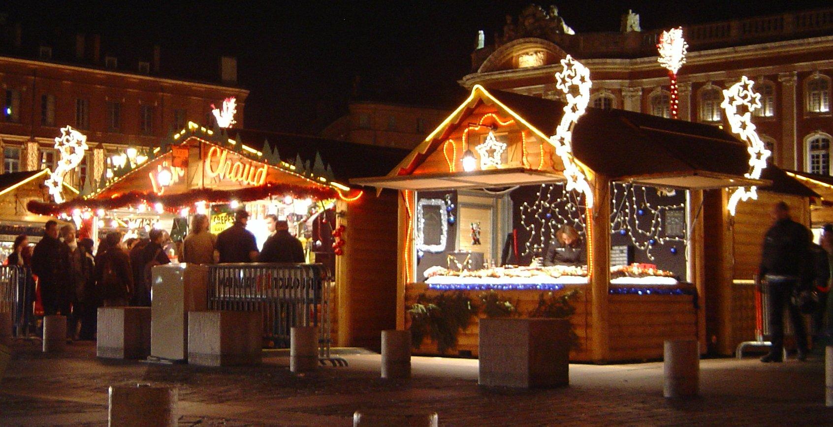 Mercatini di Natale e Street Food in piazza Garibaldi