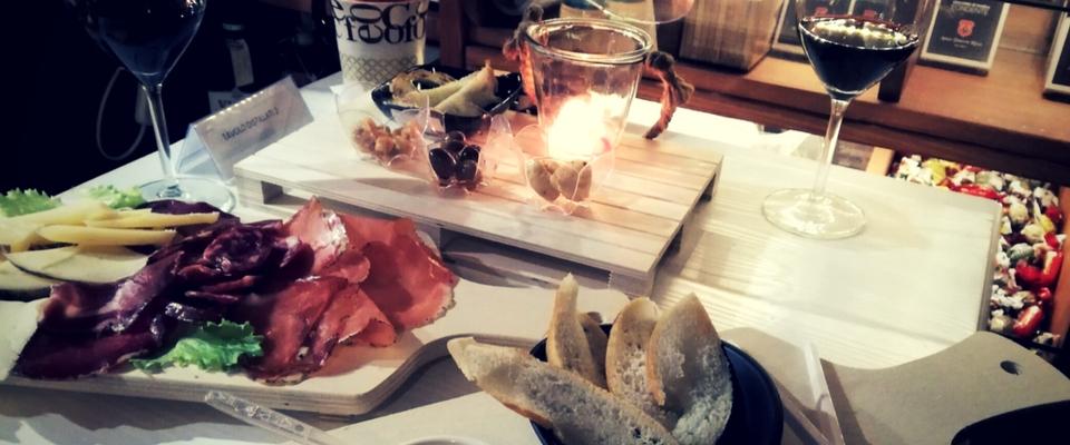 Apericena a lume di candela: degustazione vini e sapori di Puglia