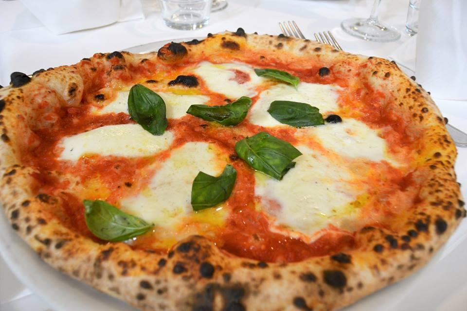 Dove mangiare la vera pizza napoletana a Taranto (e provincia)?