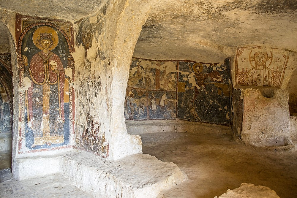 Mottola, viaggio negli antica città sotterranea d'età medioevale