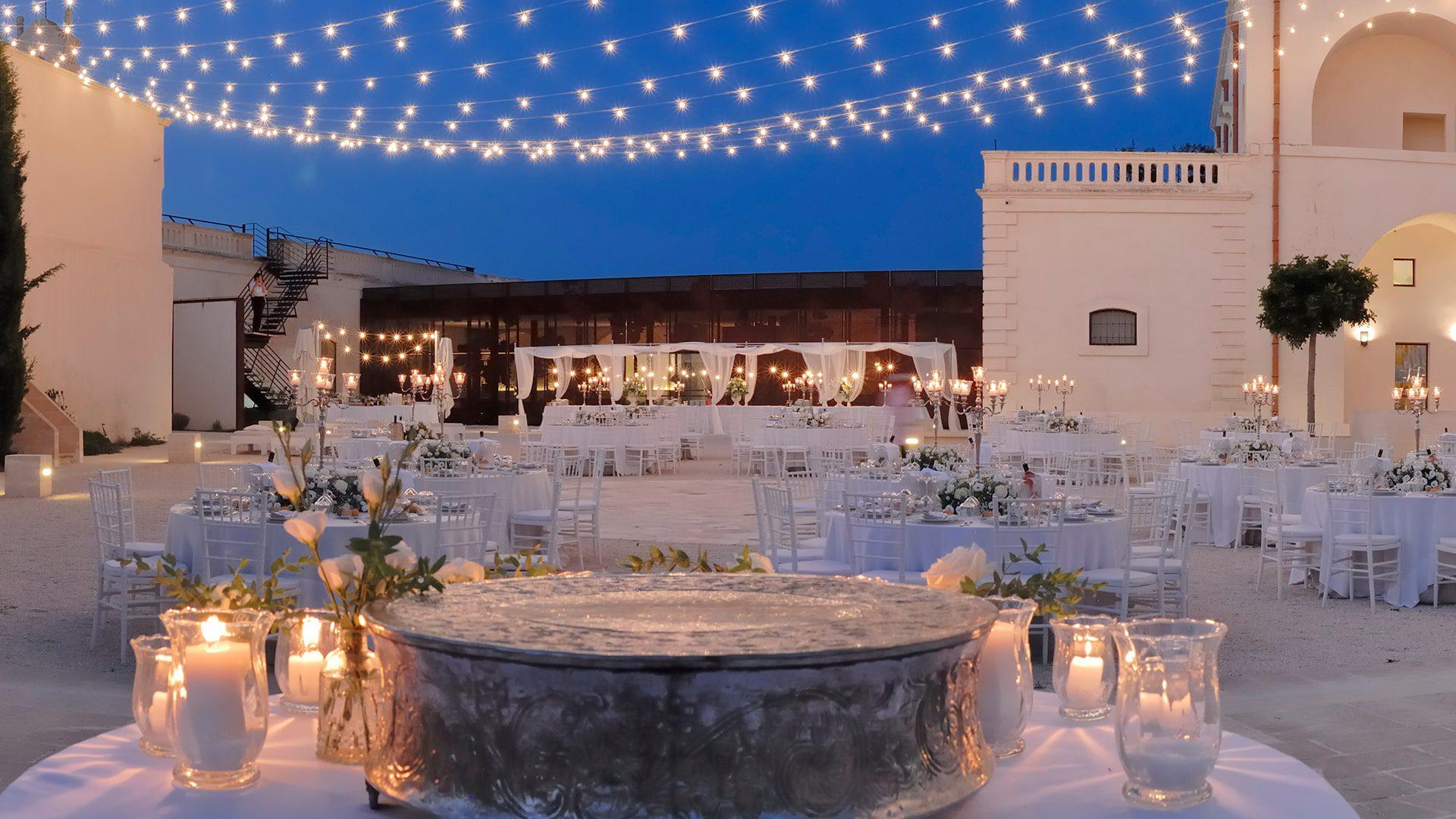Matrimonio in Puglia: una festa da favola nell'unica masseria con 2700 anni di storia