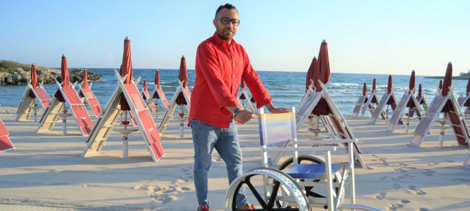 Estate a Taranto, El Cohiba 59 offre accesso gratuito in spiaggia ai disabili